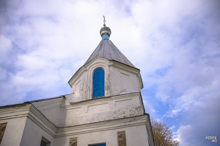 Церковь в деревне Ласица