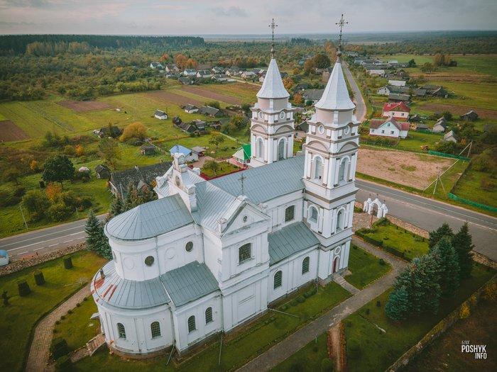 Костел Девы Марии в Парафьяново