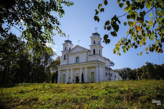 Костел святой Анны в деревни Воронча