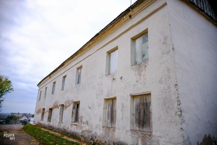Корпус монастыря кармелитов в Мяделе
