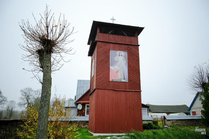 Башня колокольня в деревне Костеневичи