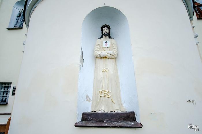 Статуя Иисуса в Михалишках