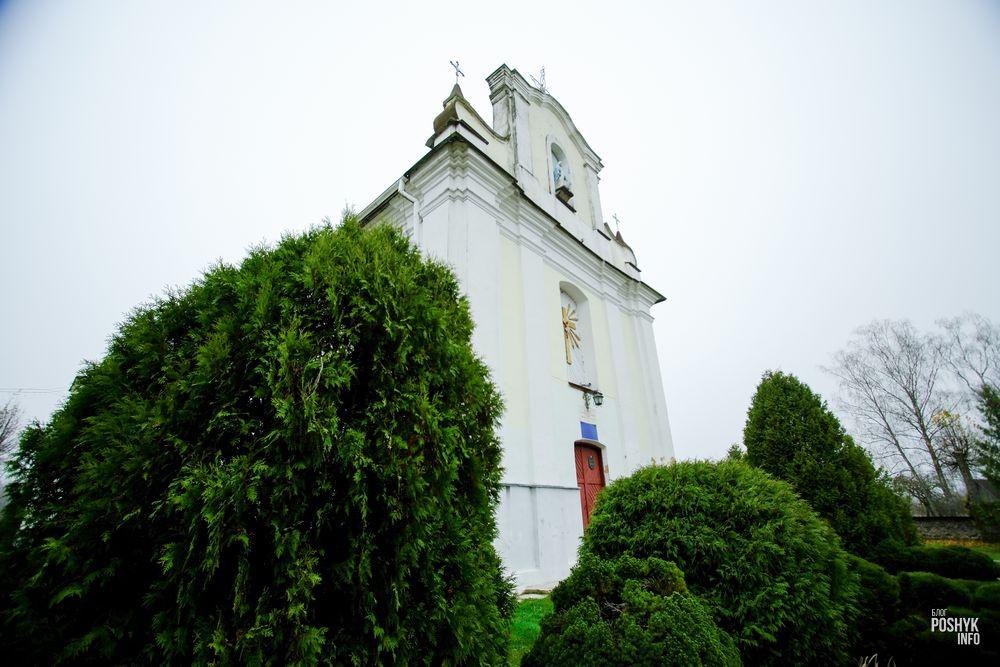 Костел в деревне Костеневичи