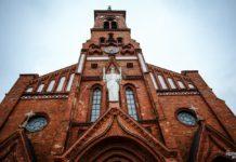 Неоготический костел святого Антония Падуанского в Поставах