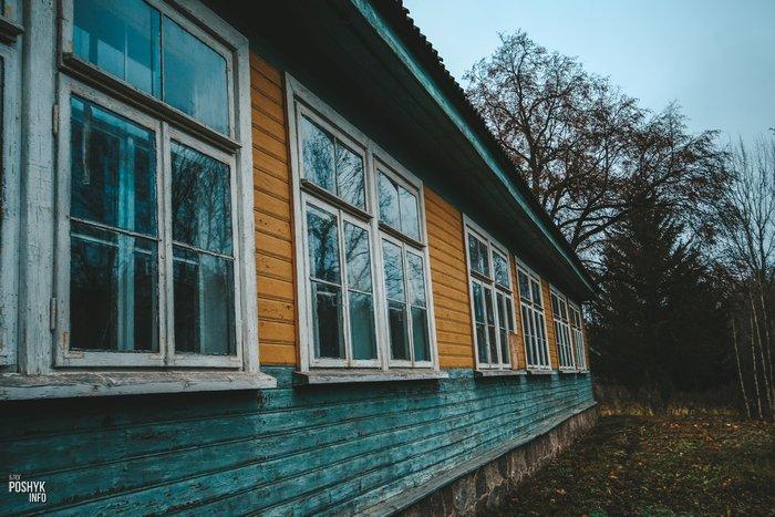 Заброшенная школа в Комарово