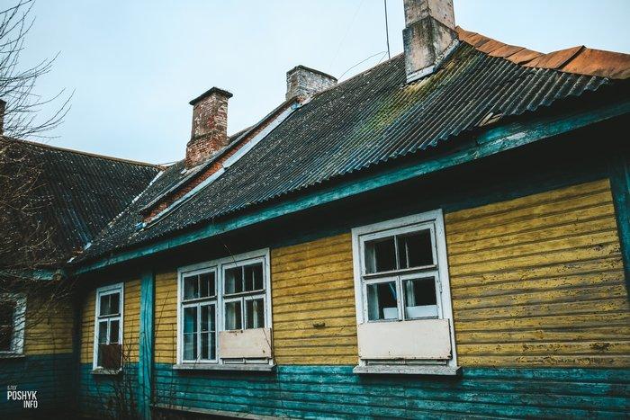 Здание школы Комарово