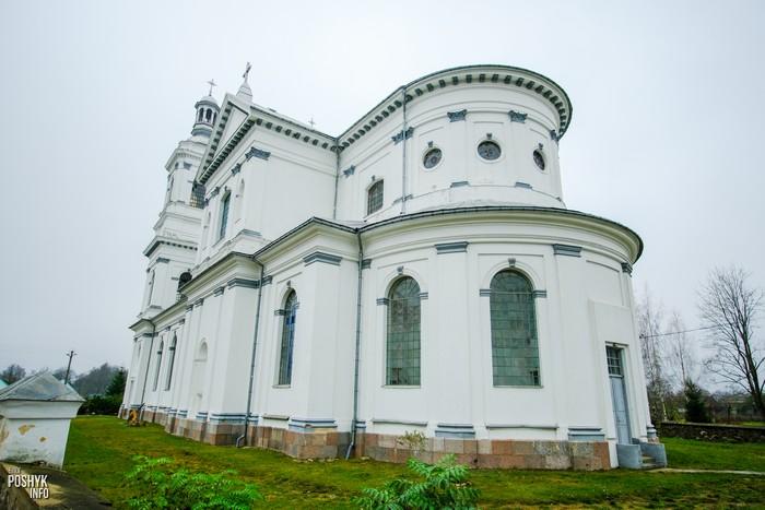 Костел Святого апостола Андрея в Лынтупах