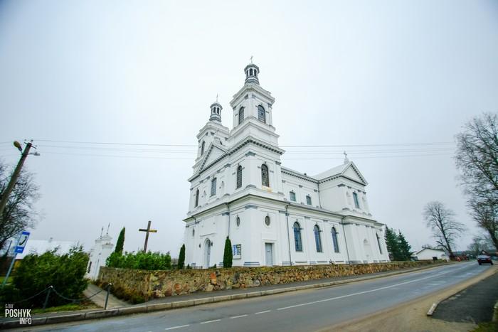 Костел в городском поселке Лынтупы
