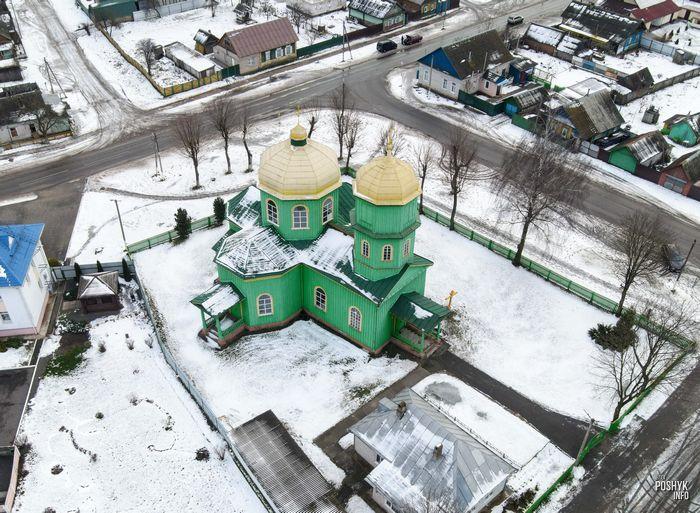 Деревянная церковь в деревне Быхов