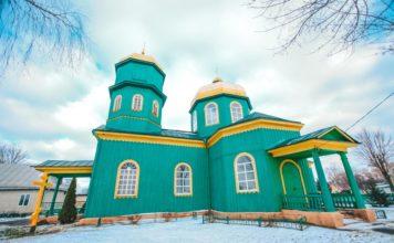 Деревянная Троицкая церковь в Быхове