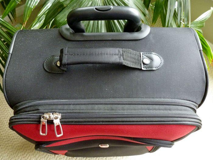 Выбираем чемодан для ручной клади в самолете
