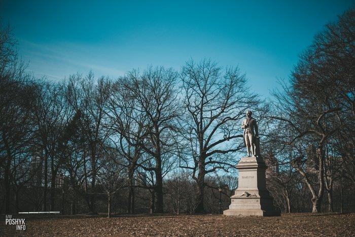 Памятник Хамильтону Нью-Йорк