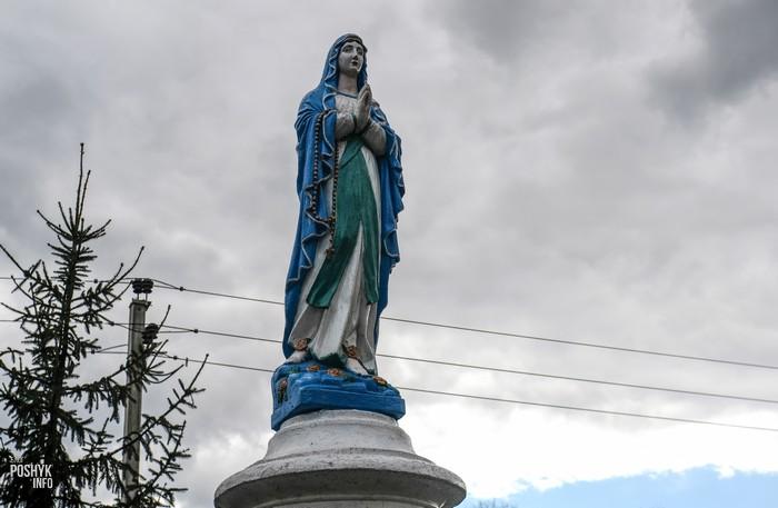 Скульптура Богоматери Жемыславль