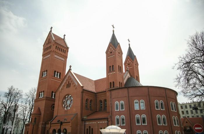 Костел Красный в городе Минск