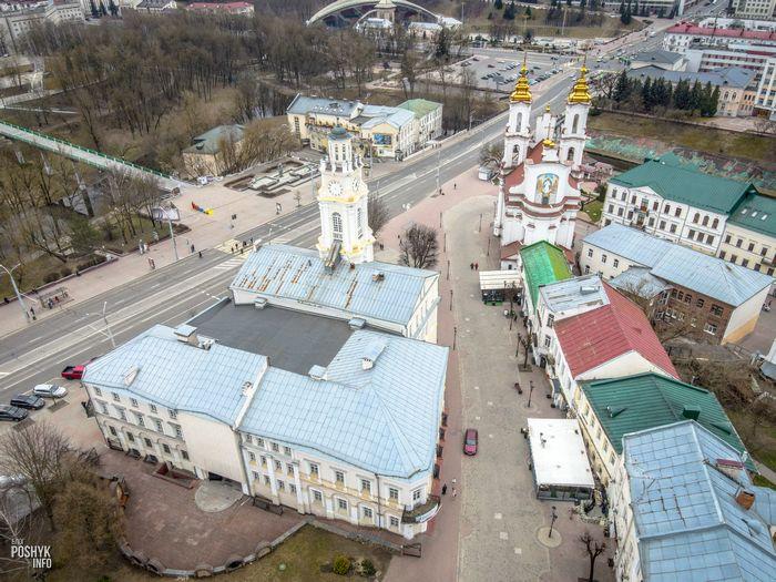 Ратуша и церковь в Витебске