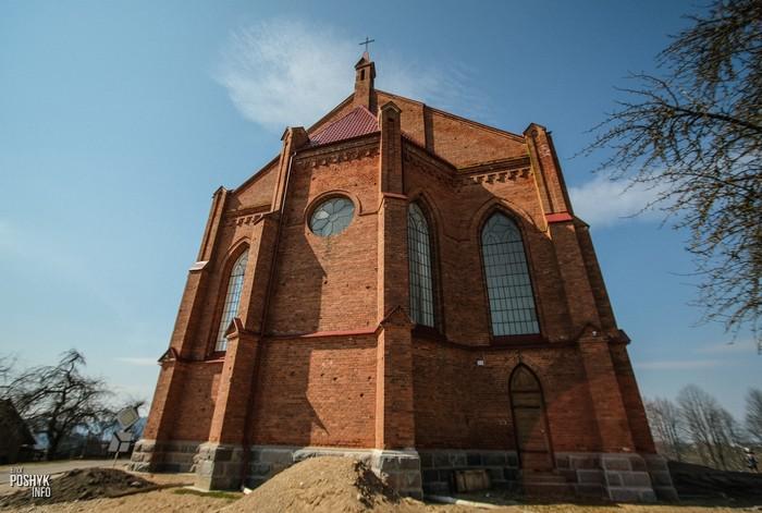 Костел святого Лаврентия в поселке Ушачи