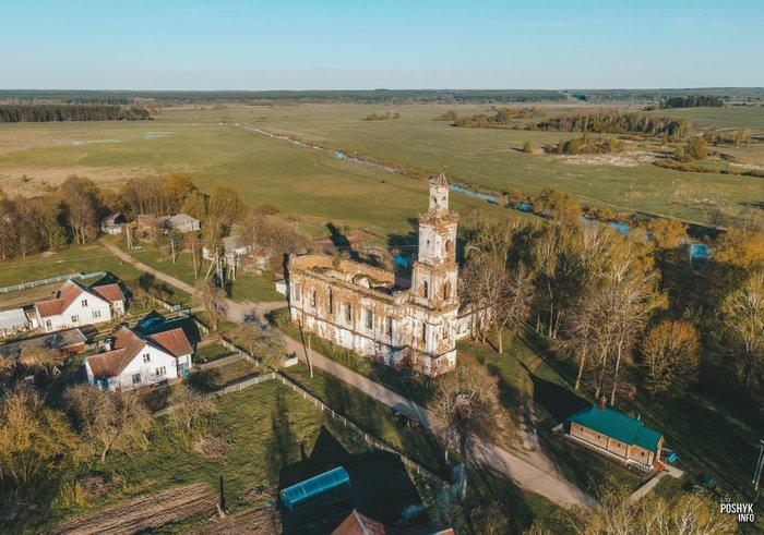 Онуфриево церковь