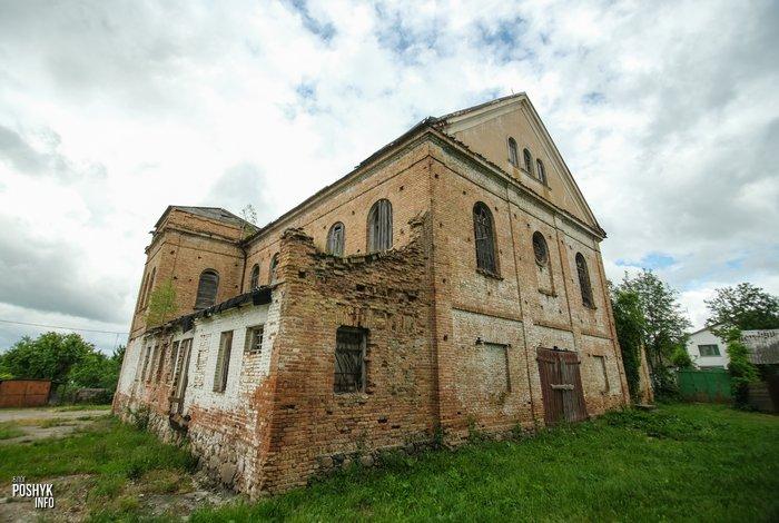 Руины синагоги в агрогородке Индура