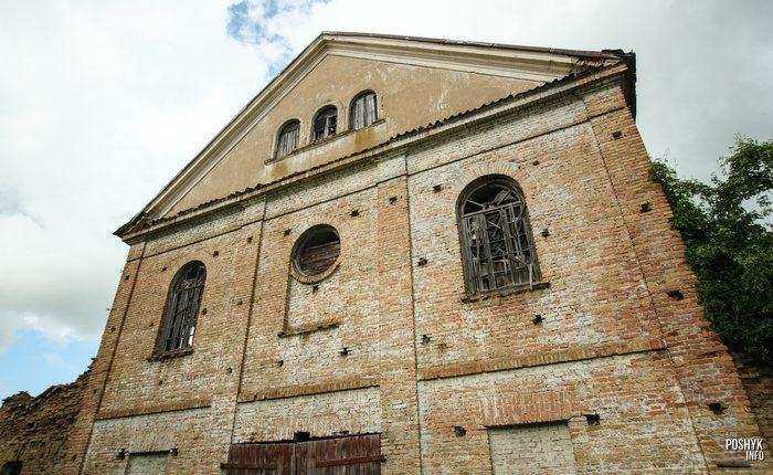 Руины синагоги в Индуре Беларусь