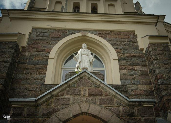 Статуя Иисуса в Берестовице