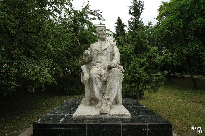 Памятник Ивану Мичурину в Гродно