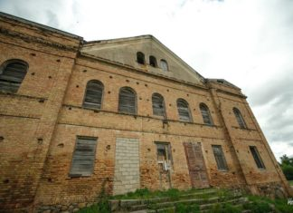 Заброшенная синагога в агрогородке Индура, Гродненская область