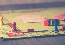 Топ 10 экономических настольных игр для семьи и компании друзей