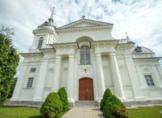 Троицкий костел в архитектуре классицизма в агрогородке Индура