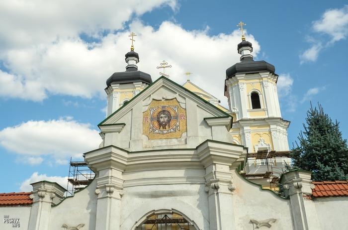 Церковь в деревне Юровичи