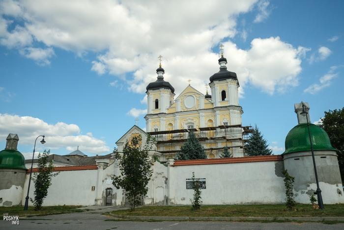 Храм в Юровичах