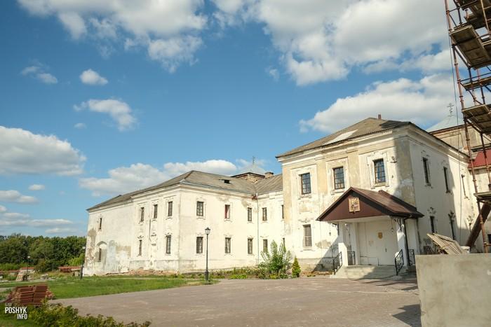 Монастырь Иезуитов Юровичи