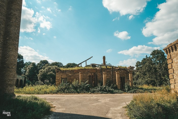 Заброшенные здания в Гомельской области