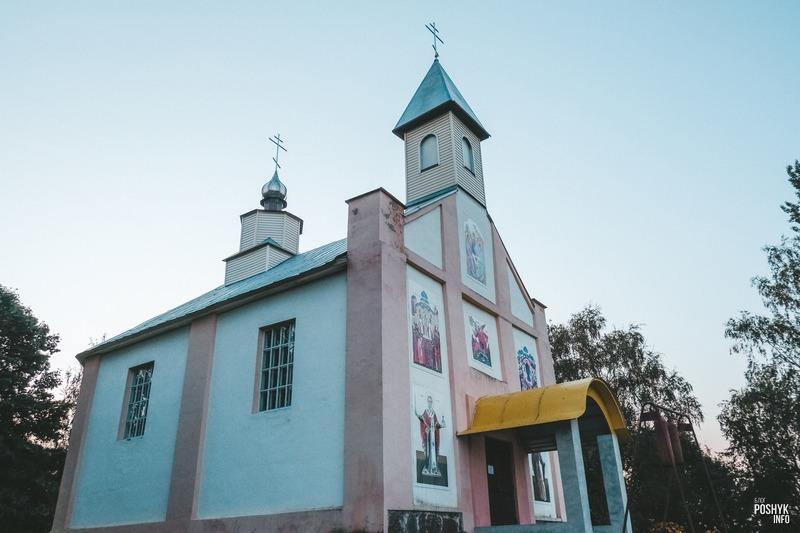 Церковь святого Михаила Архангела в деревне Чарея