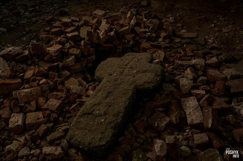 Каменный крест Межево