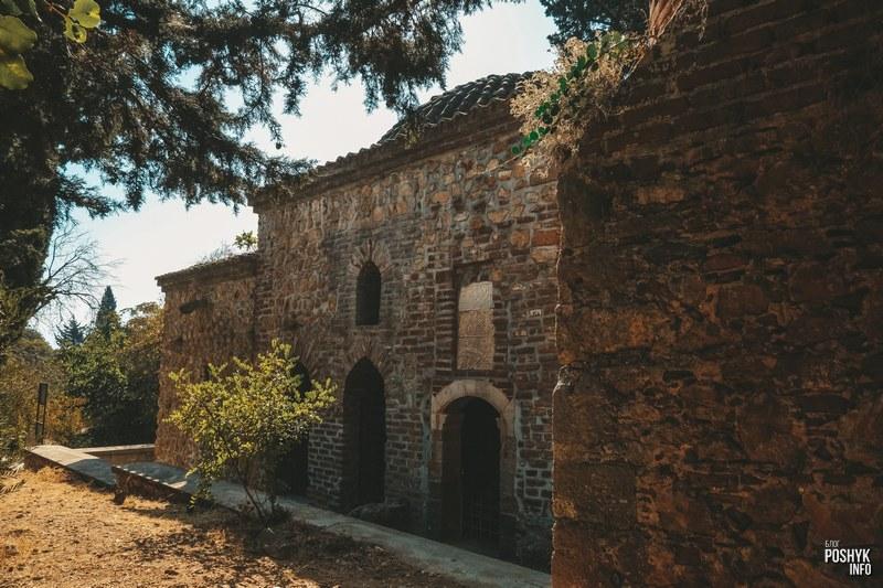 Мечеть на вершине крепости в Алании