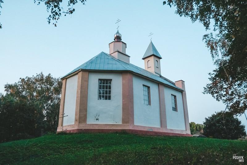 Церковь в деревне Черея