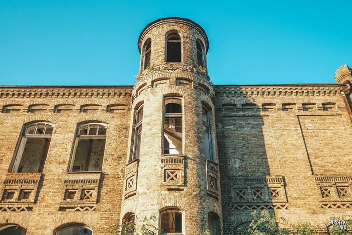 Здание уездной больницы в Мозыре