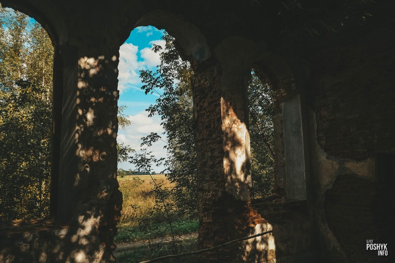 Руины церкви между Немерово и Мошково